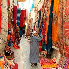 carpet market in morocco