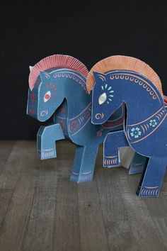 Cute paper horse cut-out craft to celebrate the Chinese Year of the Horse.  Terrific snowy-day project.