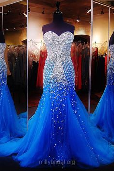 Sparkly Trumpet/Mermaid Formal Evening Dresses, Sweetheart Tulle Graduation Dresses, Sweep Train Crystal Party Gowns, Detailing Blue Prom Dresses