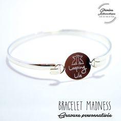 Bracelet JONC MADNESS avec Gravure sur mesure * Création personnalisée * : Bracelet par chimere-melancolique