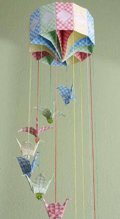 Um blog sobre a arte do origami com diversos papéis, fotos e artesanato em geral.