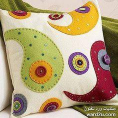 قماش الجوخ في أعمال فنية متعددة