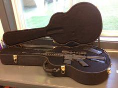 secret gun compartments in guitar case secret and secure spaces guns hidden weapons guitar. Black Bedroom Furniture Sets. Home Design Ideas