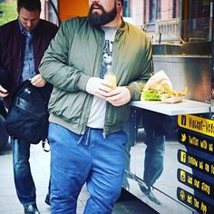 Having a break during the shooting for HappyMe, the new online magazine from ♂️ Big Men Fashion, Plus Size Fashion, Moda Plus Size, Men Looks, Bearded Men, Big Boys, Christian Louboutin, Bomber Jacket, Menswear