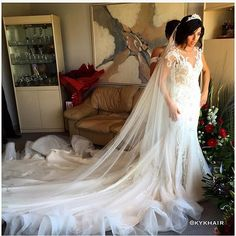 Our stunning bride Dorina today in custom Steven Khalil  Dress: @steven_khalil  Hair: @kykhair  Make up: @chantellebaker  Crown: @blissdesignjewellery  Photography: @tone_image  Styling: @centrepiecebydesign_  #stevenkhalil #kykhair #stevenkhalil #centrepiecebydesign #lakesidereception #melbournewedding #anjanaanddorina #weddedwonderland #modernwedding #chantellebaker #weddedwonderland #modernwedding