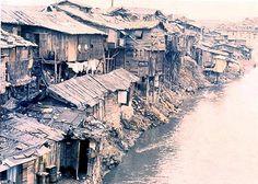Трущобы на берегу реки Ханган. Сеул. Корея. 1961 г.