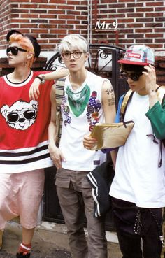 [SCAN] SEHUN at GROWL ALBUM, by: Mr.9 Posted by ohsehunnet scan by: Mr.9