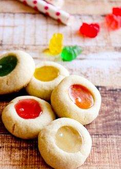 Gummy Bear Thumbprint Cookies - I did not use gummy bears in my recipe (just raspberry jam) but the cookie was indeed delicious. The gummy bear consistency mixed with a cookie did not appeal to me. Bear Cookies, Cake Cookies, Cookies Et Biscuits, Cupcakes, Drop Cookies, Just Desserts, Delicious Desserts, Yummy Food, Holiday Baking