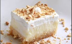 This page gives you the opportunity to re-create some of your favourite Corfiot recipes at home. This time, Ekmek - a layered custard cake. Greek Sweets, Greek Desserts, Summer Desserts, Vegan Desserts, Easy Desserts, Pastry Recipes, Sweets Recipes, Snack Recipes, Ekmek Kataifi Recipe