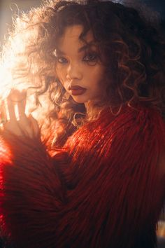 Ashley Moore- the Hermione of my mind Pretty People, Beautiful People, Beautiful Women, Selfies, Blake Steven, Curly Hair Styles, Natural Hair Styles, Face Reference, Foto Pose