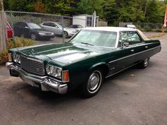 1975 Chrysler Newport Custom 4-Door Hardtop