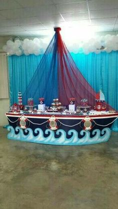 muy genial este Candy Bar sea para fiesta Pirata o Marinera. Richelle, Brigette, Carrie, Christy don't your think this is a great look! Pirate Birthday, Boy Birthday Parties, Baby Birthday, Sailor Birthday, Birthday Ideas, Boy Baby Shower Themes, Baby Boy Shower, Pirate Baby Shower Ideas, Party Decoration
