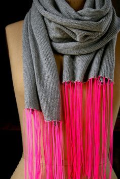 Spring Scarf with Neon Fringe from the purl bee (via Craftzine)