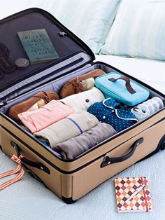 A lot of us just throw stuff into the suitcase when we're packing for a trip. Here's how to avoid those common packing mistakes. #GetOrganized