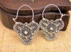 Silver earrings. Pendientes de plata. Pendientes India. Joyería étnica. Pendientes étnicos. Joyería India. Ethnic Jewellery.