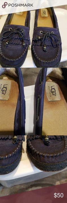 0b7de677c Ugg moccasins Ugg moccasins with plenty of life left UGG Shoes Moccasins  Sapatos, Calçado Ugg