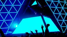 Lasers, pyramids, giant heads, spaceships, spheres. The live DJ show is all about the spectacle. These are the greatest live productions in electronic music.