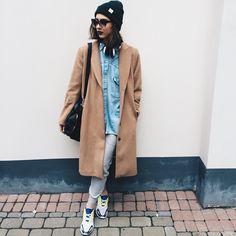 H&M Dark Green Beanie, H&M Camel Coat, Adidas Light Grey Sweatpants, Adidas Sneakers