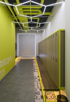 New fitness design gym interior Ideas Gym Design, Fitness Design, Retail Design, Design Ideas, Locker Designs, Gym Interior, Interior Ideas, Gym Lockers, Gym Room