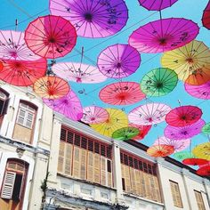 The colourful streets of George Town in Malaysia. This pic comes courtesy of traveller @emily_lush thanks for using #gadv! Hotels-live.com via https://www.instagram.com/p/BAHZqSxCqtd/