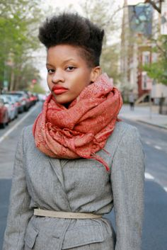 I don't know that I will ever be bold enough to sport this cut but it looks awesome on her.