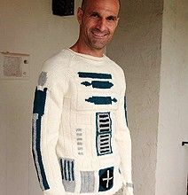R2-D2 sweater!