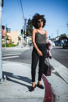 my audition clothes. Dark grey cami+black skinny jeans+dark brown loafers+dark brown tote bag+light pink bomber jacket+sunglasses. Pre-Fall Casual Workwear Outfit 2017