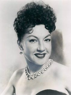 """Ethel Merman (January 1908 – February was an American actress and singer. Known primarily for her belting voice and roles in musical theatre, she has been called """"the undisputed First Lady of the musical comedy stage. Golden Age Of Hollywood, Hollywood Stars, Classic Hollywood, Old Hollywood, Hollywood Photo, Hollywood Icons, Old Movie Stars, Classic Movie Stars, Classic Movies"""