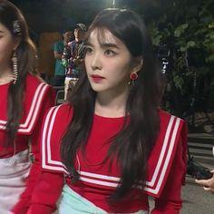 Seulgi, Red Velvet アイリーン, Red Velvet Irene, South Korean Girls, Korean Girl Groups, My Girl, Cool Girl, Red Valvet, Rapper