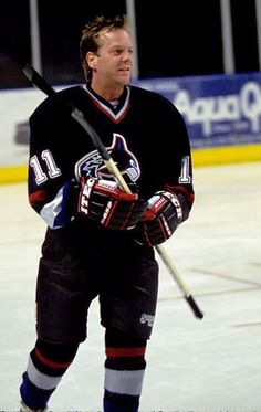 In sports - Kiefer Sutherland Photo (4095514) - Fanpop