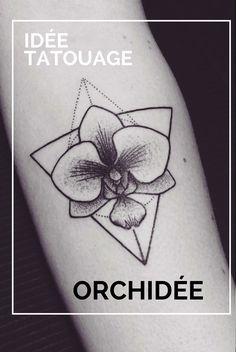 le tatouage orchidée tendre et exotique est plein de symbolisme positif et peut être réalisé en styles esthétiques variés
