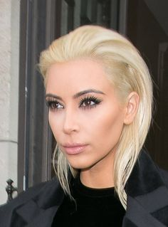 OMG - Kim Kardashian goes PLATINUM Blonde!! :: Company.co.uk