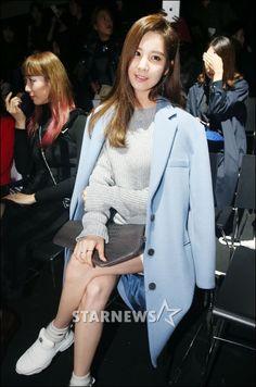 141020 Seohyun at 2015 S/S 'LOW CLASSIC' Seoul Fashion Week