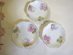 Beauiful Set of 3 Rose Decorated Antique Butter Pats Vintage Plates, Vintage China, Cottage Lounge, Limoges China, Antique Dishes, Kitchen Dishes, Rose Cottage, Chocolate Pots, China Patterns