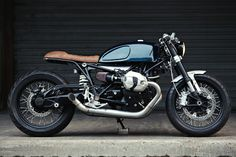 BMW R NINE-T // Clutch Custom Motorcycles | 4h10