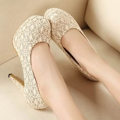 Platform Lace Slim Heeled Pumps