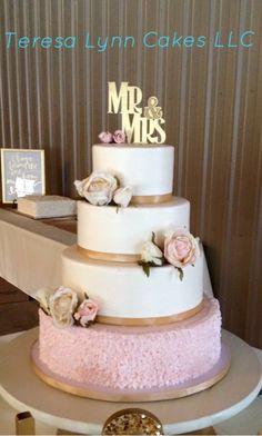 Blush and gold wedding cake, buttercream icing