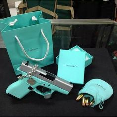 Tiffany blue Glock with Tiffany & Co. How cool is tiffany now lol Tiffany Blue Gun, Bleu Tiffany, Tiffany Rings, Tiffany Jewelry, Tiffany And Co, Tiffany Blue Handgun, Tiffany Party, Tiffany Wedding, Birthday Pictures