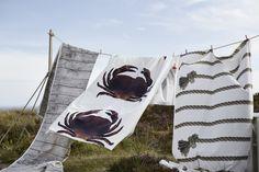 Tecidos que desenham o Verão e que completam qualquer cenário de férias.