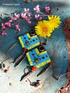 Macrame statement earrings. Ethnic tribal style. Linhasita yarn, studs, rhinestones, bronze metal and japanese seed beads (miyuki). Turquoise, yellow, black, red.   Available in my shop.  © Natacha Fayard
