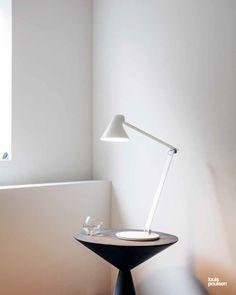 NJP Table lamp in white Architect Lamp, Desk Lamp, Table Lamp, Luminous Flux, Intelligent Design, Lamp Design, Light Table, Scandinavian Design, Interior
