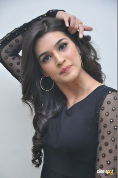 Bollywood actress Kriti Sanon best picture and wallpaper gallery. Best hd image of actress Kriti Sanon. Bollywood Actress Hot Photos, Indian Bollywood Actress, Indian Actress Hot Pics, Bollywood Girls, Beautiful Bollywood Actress, Beautiful Actresses, Bollywood Bikini, Indian Actresses, Beautiful Girl Indian