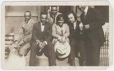 """Gwendolyn Bennett (center) with a group of male friends (left to right): Charley Boyd, Hoggie Payne, Jayfus Ward, """"The Fat One"""" Hoffman and """"Bon Bon"""" Simmons, circa 1920s."""