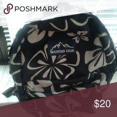 Shoulder bag Beautiful floral print backpack from Mountain Gear. Super comfortable, padded shoulders. Has two side net pockets for bottles and one front zipped pocket. Perfect for college or picnics or travel or shopping day when you have too many bags to carry!! Mountain Gear Bags Backpacks