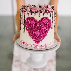 Valentine heart buttercream cake with sprinkle drip Pretty Cakes, Cute Cakes, Beautiful Cakes, Amazing Cakes, Valentines Day Desserts, Valentine Cake, Valentine Heart, Valentines Cakes And Cupcakes, Decoration Patisserie