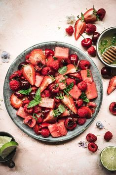 This Summer Watermelon Berry Salad with Lime Mint Dressing is a refreshing, flavorful spin your BBQ guests will thank you for. No more boring fruit salad! Salad Recipes, Vegan Recipes, Mint Recipes, Fruit Recipes, Baking Recipes, Fresh Bowl, Food Fresh, Watermelon Salad, Fruit Salad