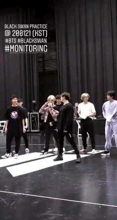 Jimin, Foto Jungkook, Foto Bts, Bts Taehyung, K Pop, Bts Dance Practice, Army Love, Wattpad, Bts Funny Videos
