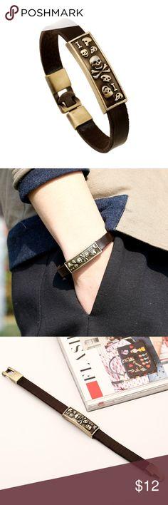 "Skull Leather Bracelet Handmade Leather Vintage Skull Bracelet Cowhide lether belt, metal tag and insert lock Unisex, Match both Men and Women Appr. 0.4"" in width, 8"" in length Vintage Metal insert lock design Jewelry Bracelets"