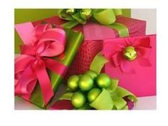321 best Christmas Pink & Green Ideas images on Pinterest ...
