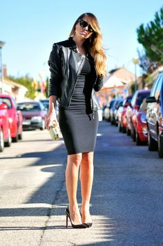 Necklace of pearls: Wolford FATAL DRESS